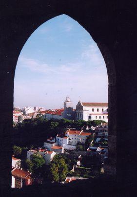 サンジョルジェ城からの市街